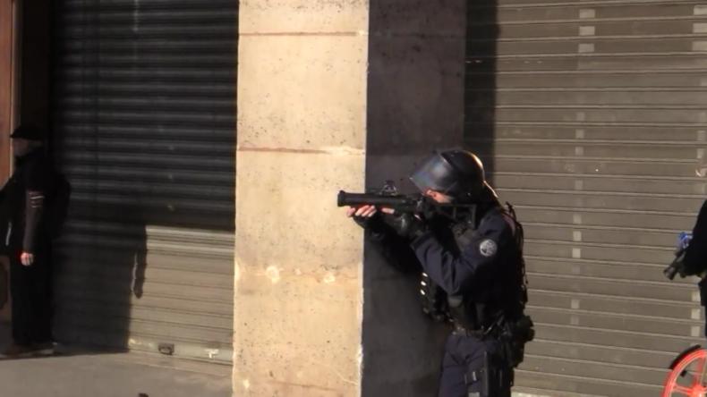 Frankreich: Tränengas-Regen bei Zusammenstößen zwischen Gewerkschaftern und der Polizei