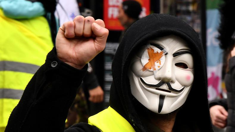 Frankreich: Landesweite Streiks gegen Regierung (Video)