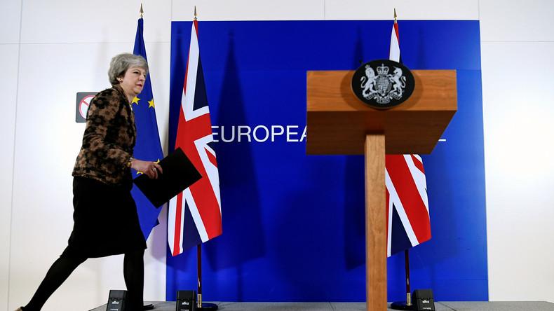 Neuer Versuch: Theresa May für Brexit-Nachverhandlungen auf dem Weg nach Brüssel