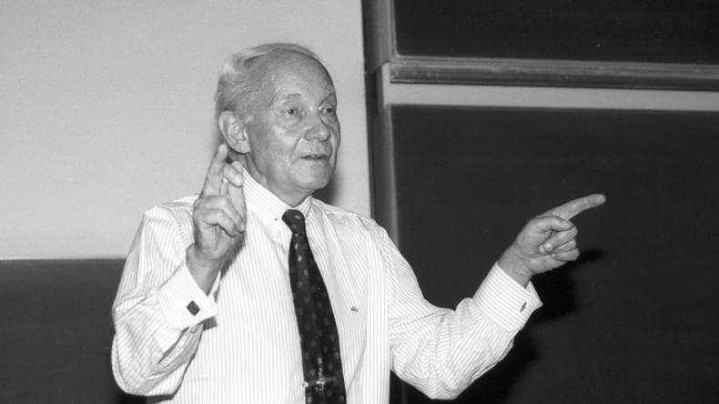 Deutscher Chemie-Nobelpreisträger Manfred Eigen gestorben
