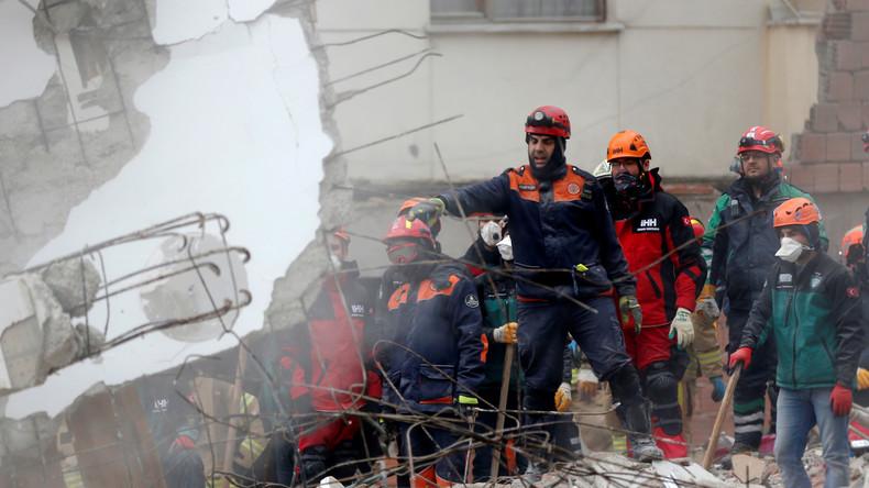 Hauseinsturz in Istanbul: Bereits zehn Tote