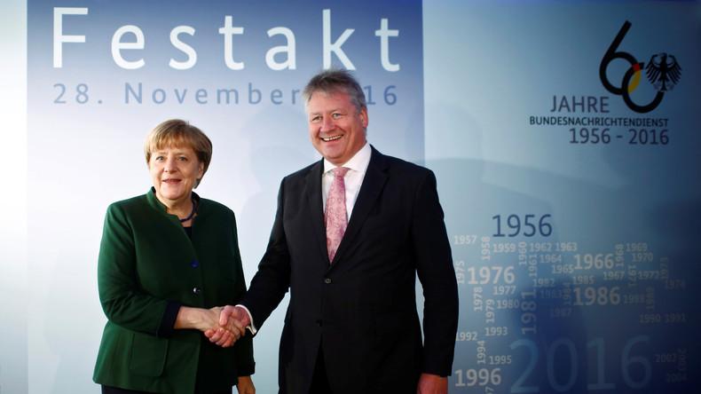 Merkel eröffnet neue BND-Zentrale: Kritik an Verbleib von Teilen des Geheimdienstes in Bayern
