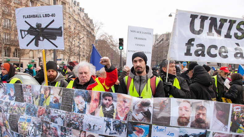 LIVE: Gelbwesten protestieren dreizehnte Woche in Folge in Paris