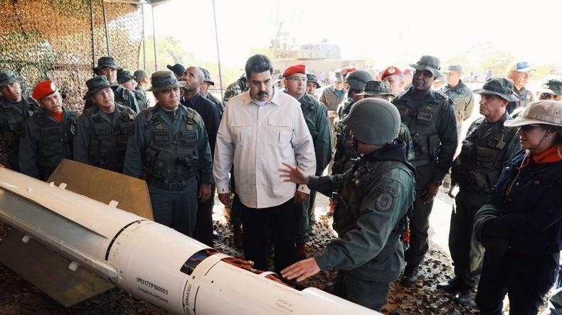 Gegen US-Intervention: Maduro beginnt größtes Kriegsmanöver der Geschichte Venezuelas