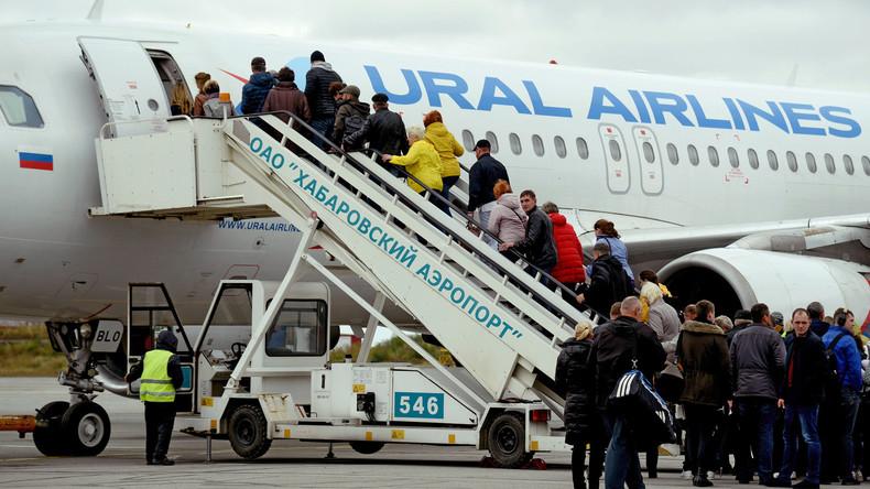 Russland: Passagiere stürzen von Fluggastbrücke – Fünf Verletzte