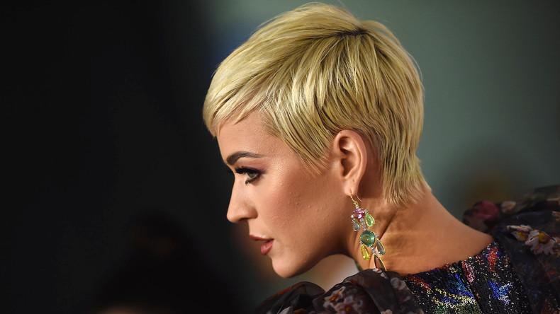 Händler nehmen Katy-Perry-Schuhe wegen Rassismus-Vorwürfen vom Markt