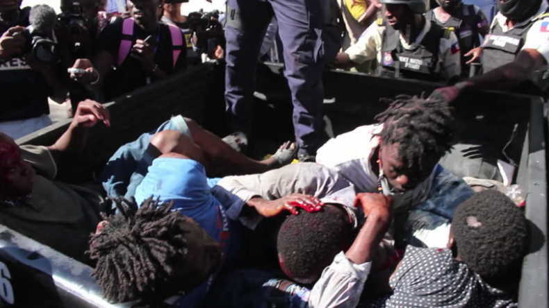 Erschreckende Aufnahmen aus Haiti: Polizei schlägt Plünderungen bei Protest blutig nieder