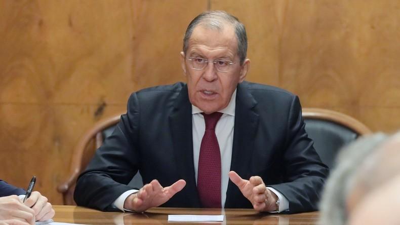 Lawrow: neue EU-Sanktionen gegen Russland zeigen einmal mehr Unselbständigkeit der EU