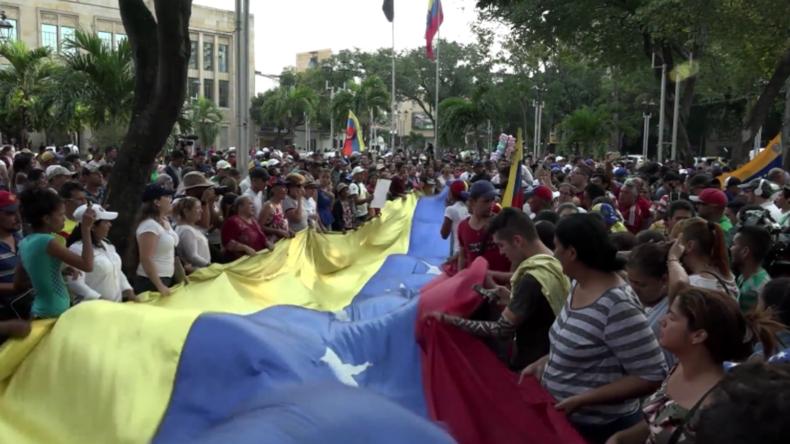 Kolumbien: Venezolaner veranstalten Kundgebung gegen Maduro in Cúcuta