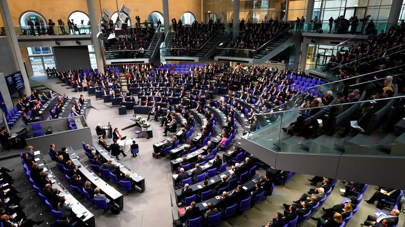 LIVE: 81. Sitzung des Deutschen Bundestags - Sozialstaatskonzept der SPD