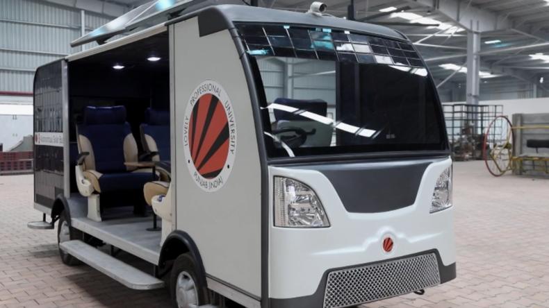 Indien: Studenten entwickeln einen autonomen und solarbetriebenen Bus