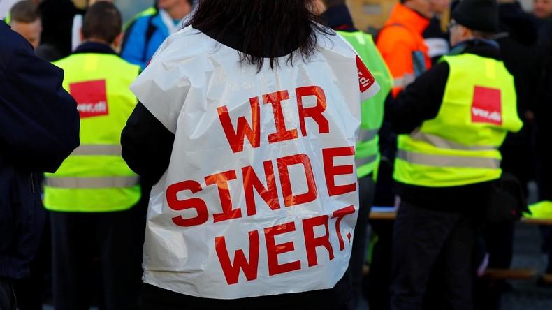 """Der Frust ist groß"" - Verkehrsbetriebe legen Berlin lahm (Video)"