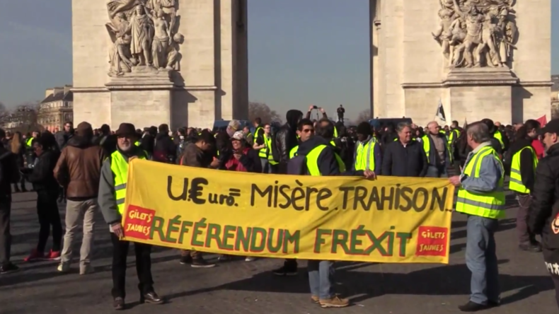 Frankreich: Tränengas und Schockgranaten bei Protesten der Gelbwesten in Paris