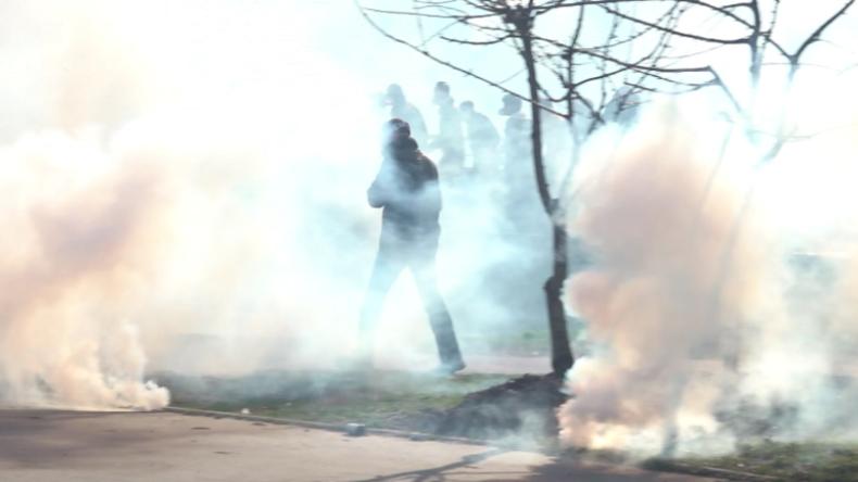 Frankreich: Wieder massiver Tränengas-Einsatz bei Gelbwesten-Protesten