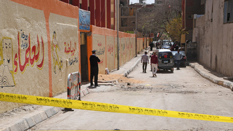 Drei Polizisten sterben bei Bombenexplosion in Kairo