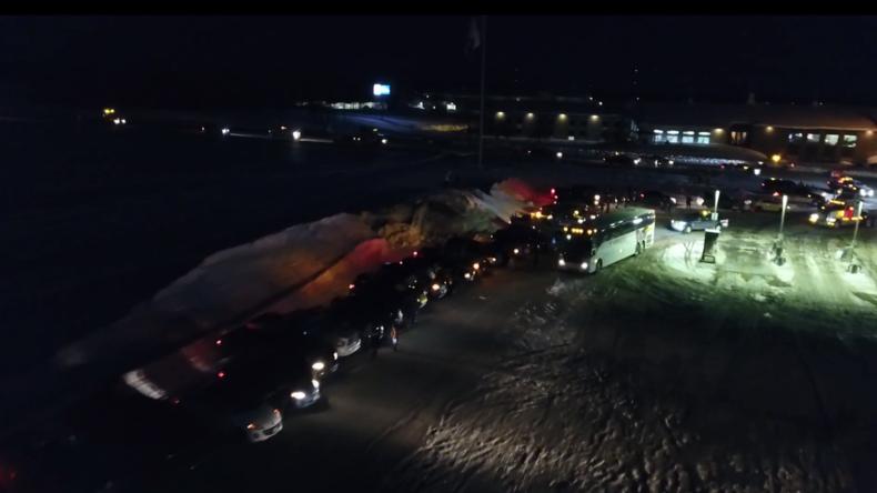 Kanadischer Gelbwesten-Konvoi kurz vor Ottawa – gegen Mineralölsteuer, für Pipelinebau