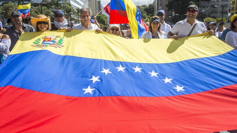 Venezuela schließt Grenze zu niederländischen Karibikinseln