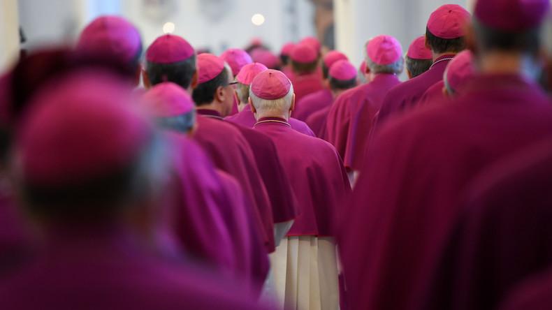 Bischofskonferenz stellt sich Missbrauch in der katholischen Kirche