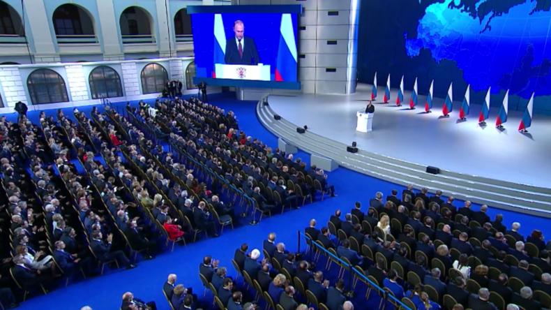 Putin: Immer noch zu viele Menschen unter der Armutsgrenze