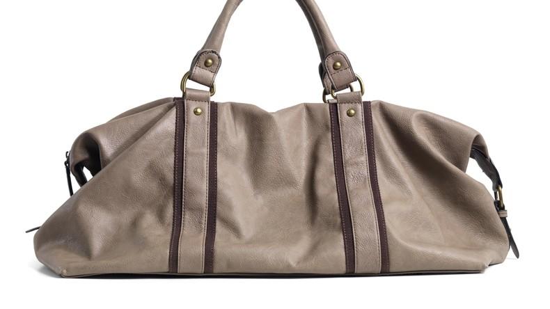 Damentasche aus Menschenhaut: Frau sucht nach Designer