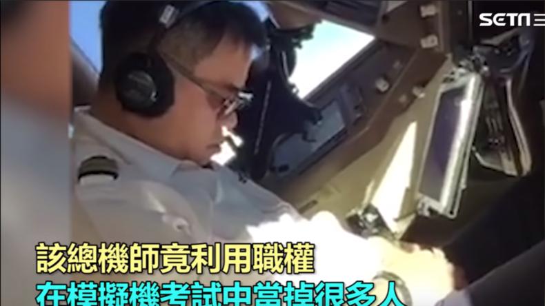 Nickerchen in 10 Kilometer Höhe: Pilot döst im Cockpit einer Boeing 747