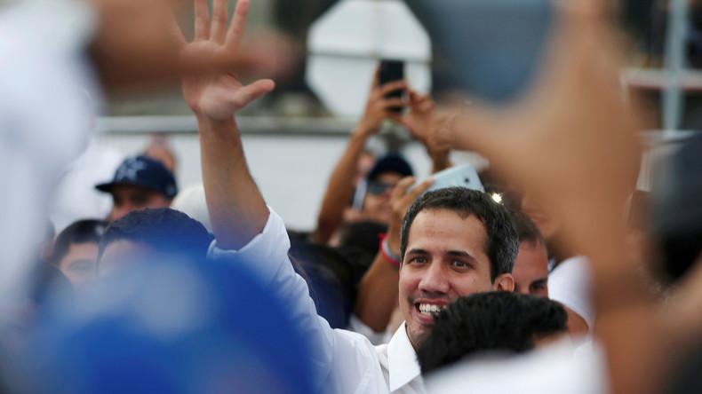Juan Guaidó besucht trotz Ausreiseverbot Solidaritätskonzert in Kolumbien