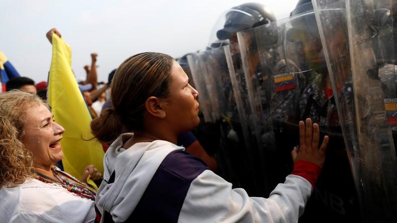 LIVE: Grenze zwischen Venezuela und Kolumbien – Guaido-Unterstützer fordern Durchlass der US-Hilfe