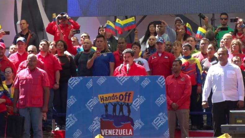 """Venezuela: Maduro kappt """"alle politischen und diplomatischen Beziehungen"""" zu Kolumbien"""