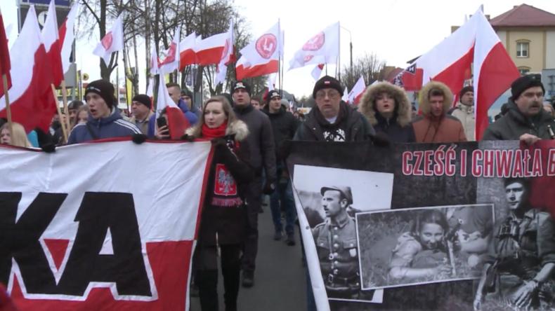 Polen: Polizei blockiert Gegenproteste zu nationalistischem Marsch in Hajnówka