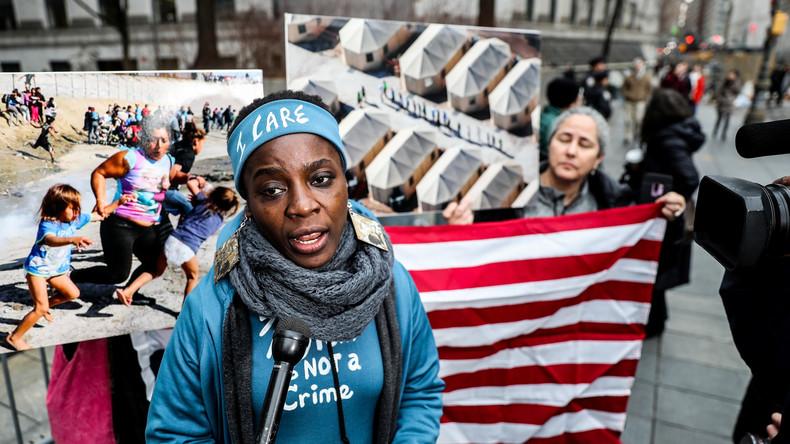 New York: Richter will Freiheitsstatue hochklettern, um richtiges Urteil fällen zu können