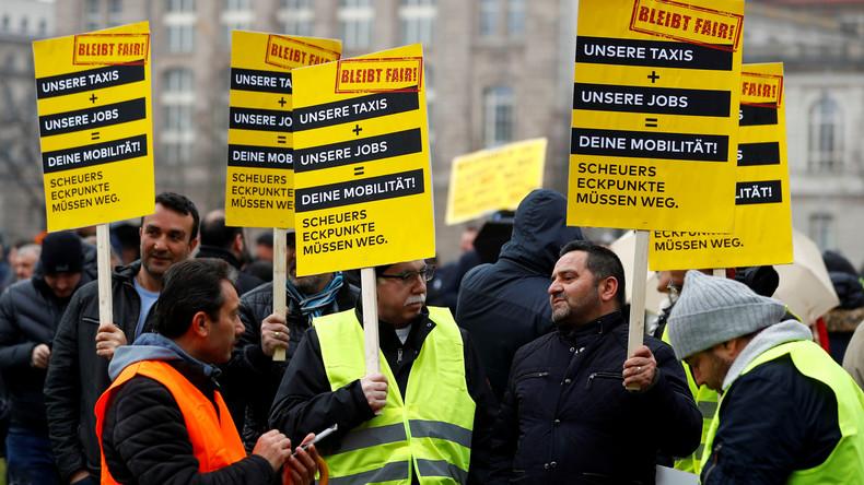 """""""Existenzbedrohend"""" - Vize-Präsident des Taxi-Verbands zum ungleichem Wettbewerb mit Uber und Co."""