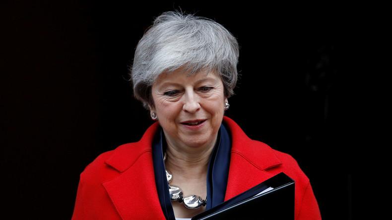 Theresa May bietet Parlament Votum über Brexit-Verschiebung an