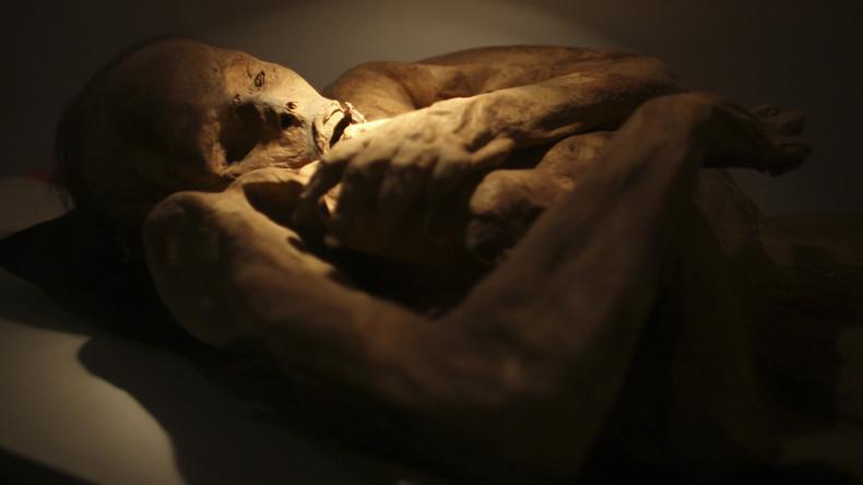 Unbekannte enthaupten 800 Jahre alte Kreuzfahrer-Mumie in irischer Krypta