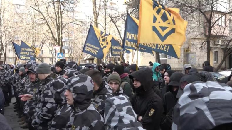 Ukraine: Hunderte auf Kundgebungen in Kiew gegen angebliche Korruption