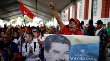 Der venezolanische Präsident Nicolás Maduro hat weiterhin viele Anhänger, sowohl in der Bevölkerung als auch in der Armee – was nicht unterschätzt werden sollte. Versammlung vor dem Präsidentenpalast Miraflores, 26. Januar 2019.