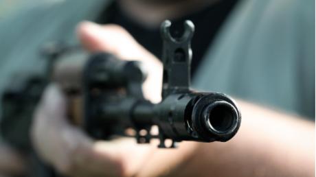 Die einen unterschätzen sie - die anderen überschätzen sie: Das legendäre Sturmgewehr AK-47.