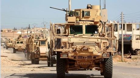 US-Panzerfahrzeuge in Manbidsch, Nordsyrien