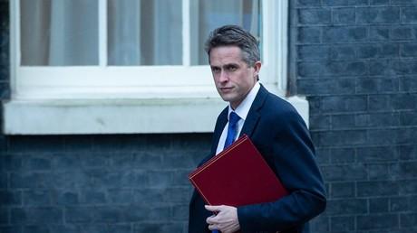 Der britische Verteidigungsminister Gavin Williamson am 8. Januar 2019 auf dem Weg zur wöchentlichen Kabinettssitzung in der Downing Street, London.