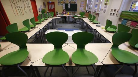 Leerer Klassenraum während eines Lehrerstreiks in Berlin, 18. Februar 2013.