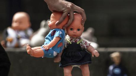 Kolumbianer muss wegen 267-fachem Kindermissbrauch 60 Jahre in Haft (Symbolbild)
