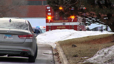 Sechs Tote bei Schießerei in Fabrik in Vorort von Chicago