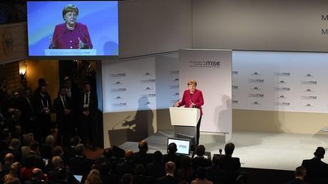 Angela Merkel während ihrer Rede auf der Münchener Sicherheitskonferenz.