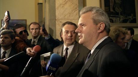 Fiel im Westen auf Ungnade: Slobodan Milošević (Mai 1992).