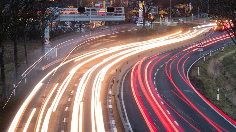 Prügelattacke auf der Autobahn bei Zwickau: 49-Jähriger schwer verletzt