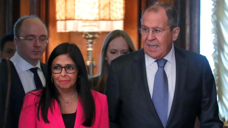Gemeinsame Pressekonferenz von Venezuelas Vize-Präsidentin Delcy Rodríguez und Sergei Lawrow