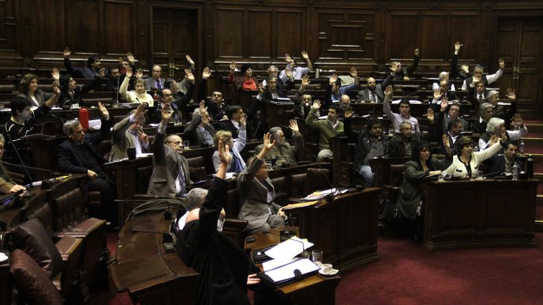 Uruguay spricht sich gegen Sanktionen und US-Militärintervention in Venezuela aus