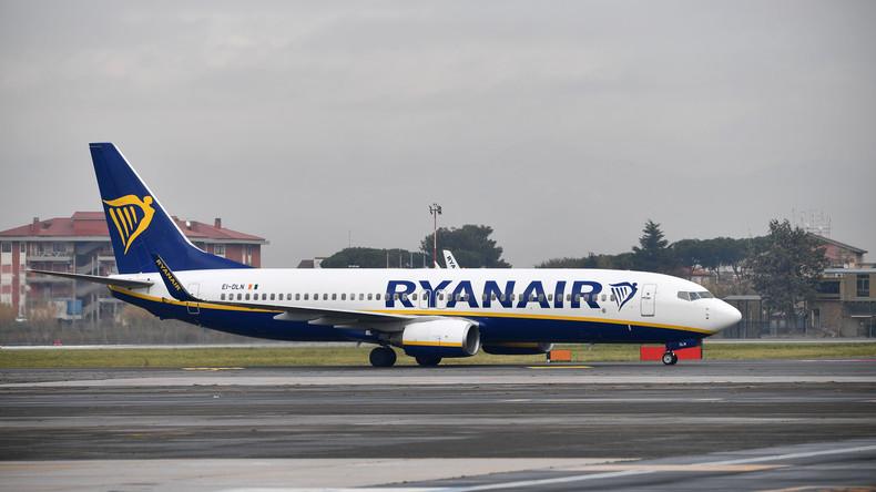 Ryanair zieht als Brexit-Vorkehrung Ersatzteile aus Lager in England ab