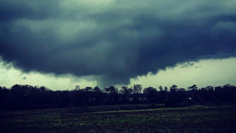 Mehr als 20 Tote durch Tornados in den USA