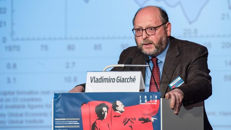 """""""Neue Krise sehr wahrscheinlich"""" - Kritischer Ökonom im Interview"""