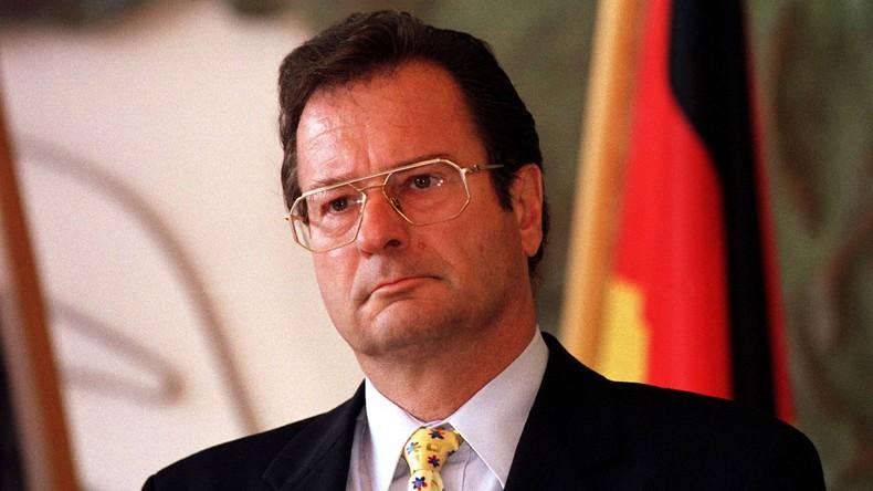 Ex-Außenminister und FDP-Chef Kinkel mit 82 Jahren gestorben